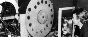 John Logie Baird and his 'Televisor' c 1925