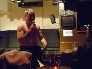 Lewis Schaffer performing in London last night