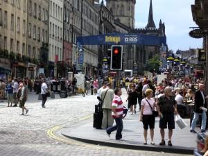 The Royal Mile during Edinburgh Fringe, 2008