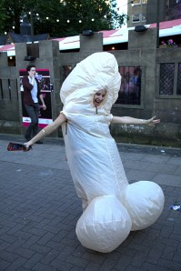 Edinburgh Fringe 2012: an ordinary street scene