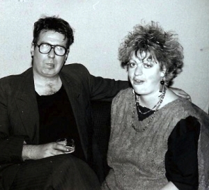 Malcolm Hardee with Jo Brand (pholograph by Steve Taylor)