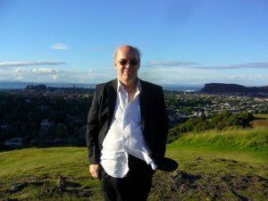 My much-used photograph of me standing on Blackford Hill (photograph by ME-U-NF)