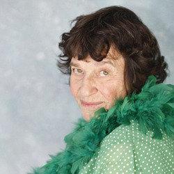 Sultry temptress Lynn Ruth Miller