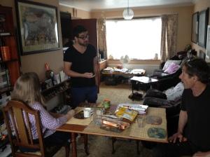 At home yesterday: my e-u-n friend, Matt Roper & Martin Soan talk balls