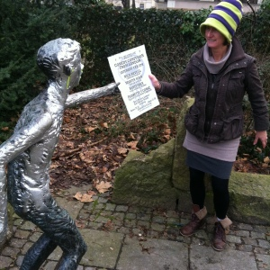 Vivienne Soan even promoted the show to statues