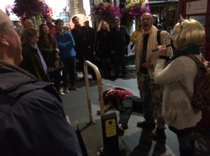 Arthur Smith encouraged singing over 'dead' man in Royal Mile