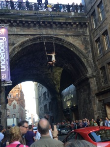 Edinburgh Fringe George IV Bridge stunt
