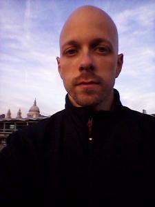 Luca cupani took a selfie in London this week