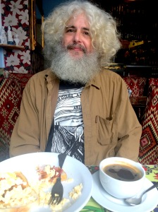 Broome Spiro and his levitating breakfast